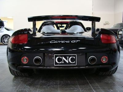 2005 Porsche Carrera GT Base Trim - Click to see full-size photo viewer