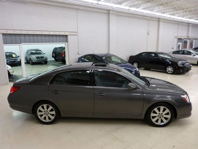 2005 used toyota avalon xls at luxury automax serving. Black Bedroom Furniture Sets. Home Design Ideas