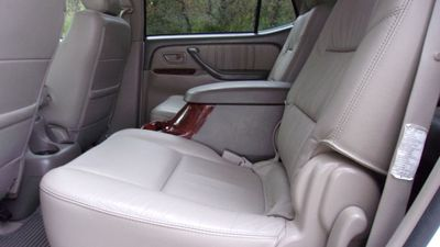 2005 Toyota Sequoia 4dr Limited - Click to see full-size photo viewer