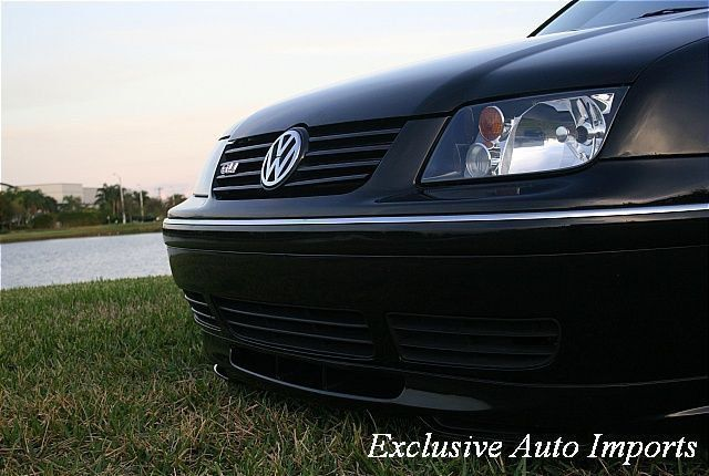 2005 Volkswagen Jetta Sedan GLI - Click to see full-size photo viewer
