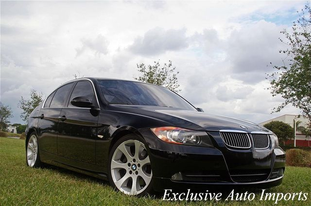 2006 BMW 3 Series 2006 BMW 330i SEDAN AUTOMATIC SPORT PREMIUM LOADED iDRIVE NAVI E - Click to see full-size photo viewer