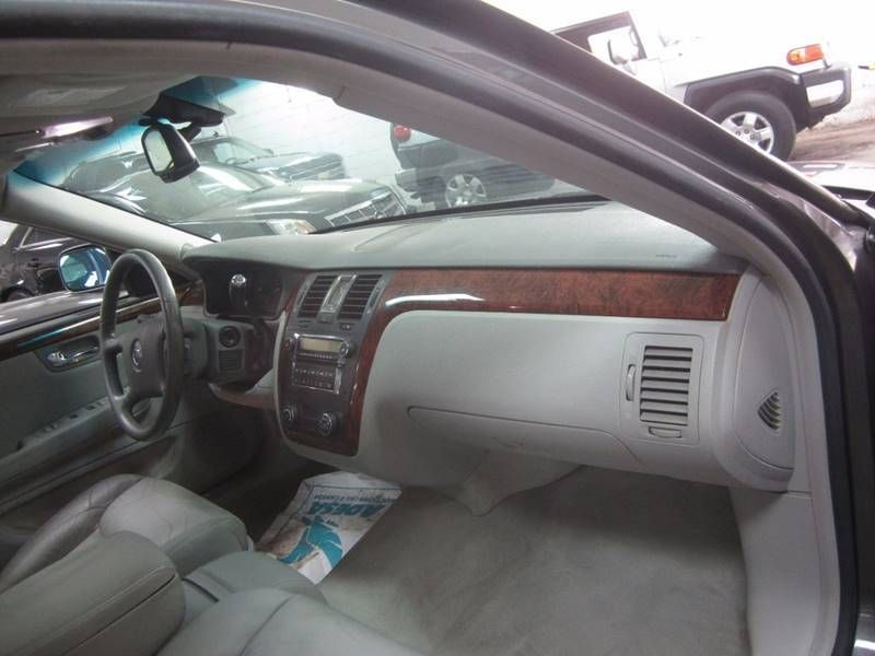 2006 used cadillac dts luxury at contact us serving cherry hill nj rh nj car wire ebizautos com 2006 Cadillac DTS Overheating 2006 Cadillac DTS Interior