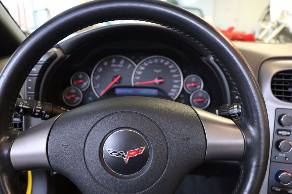 2006 Chevrolet Corvette 2dr Convertible - 15786084 - 21