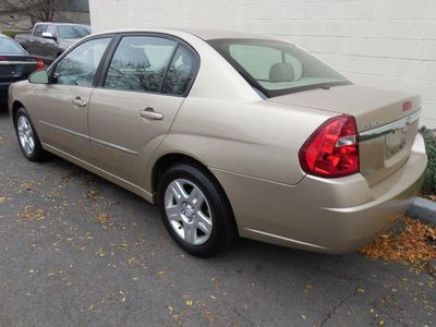 2006 Chevrolet Malibu 4dr Sedan LT w/2LT - Click to see full-size photo viewer