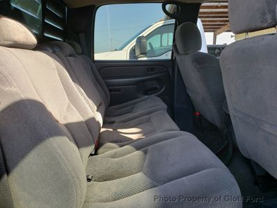 "2006 Chevrolet Silverado 1500 Crew Cab 143.5"" WB 4WD LS - Click to see full-size photo viewer"