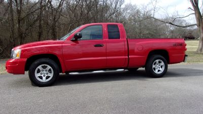 2006 Dodge Dakota Club Cab CLUB CAB SLT 4WD Truck