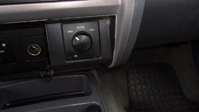 2006 Dodge Dakota Club Cab CLUB CAB SLT 4WD - Click to see full-size photo viewer