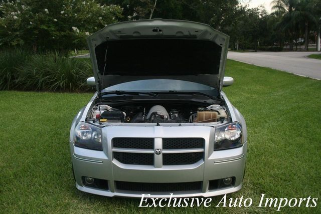2006 Dodge MAGNUM SRT-8 SRT8 2006 DODGE MAGNUM SRT SRT8 WAGON AUTOMATIC 6.1L V8 RARE SERVICED - Click to see full-size photo viewer