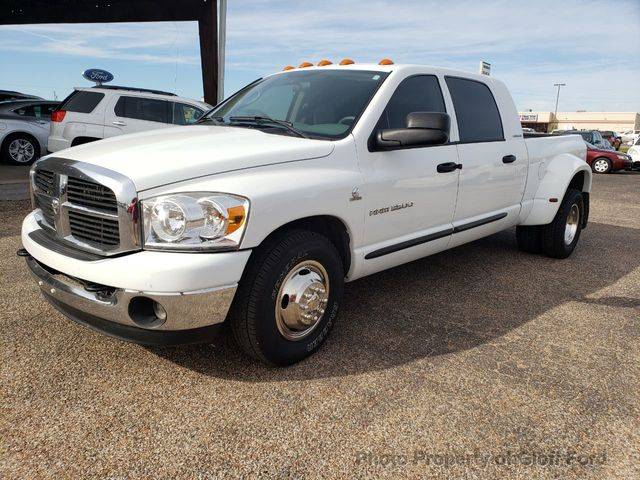 2006 Dodge Ram 3500 Mega Cab Base Trim