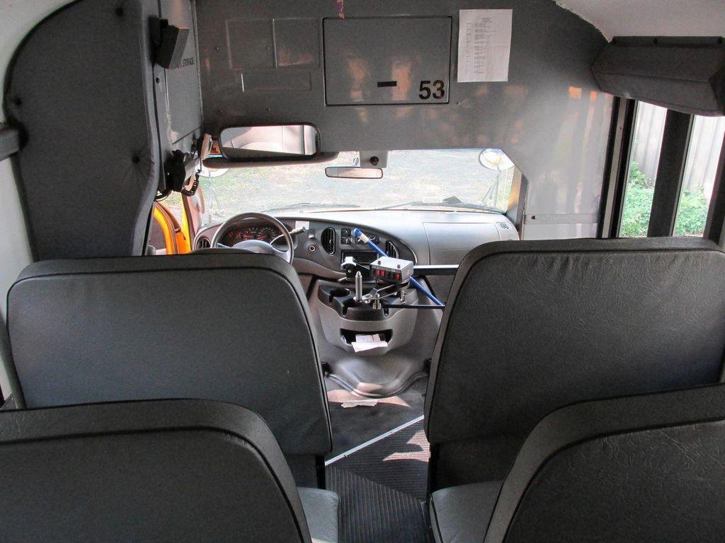 2006 Ford CUTAWAY VAN Base Trim - 11190150 - 33