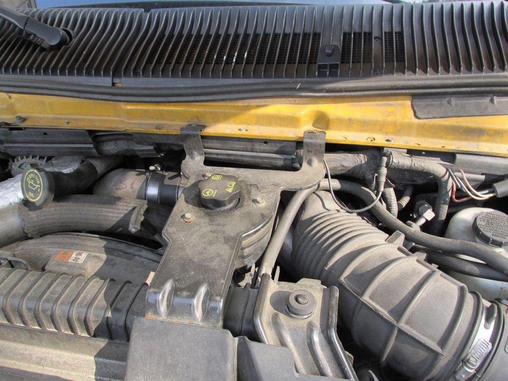 2006 Ford CUTAWAY VAN Base Trim - 11190150 - 35