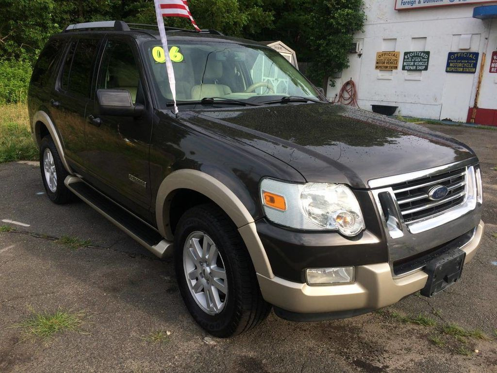 "2006 Ford Explorer 4dr 114"" WB 4.6L Limited 4WD - 16652184 - 1"