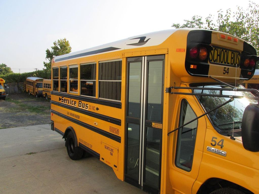 2006 Ford E-450 School Bus - 11161156 - 11