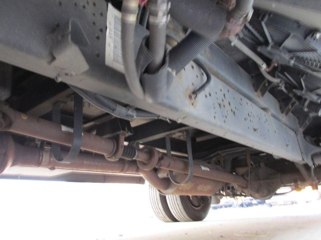 2006 Ford E-450 School Bus - 11161156 - 41