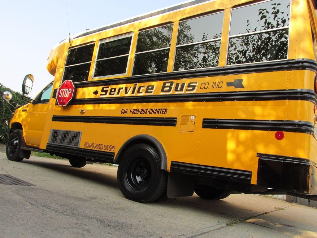 2006 Ford E-450 School Bus - 11161156 - 4