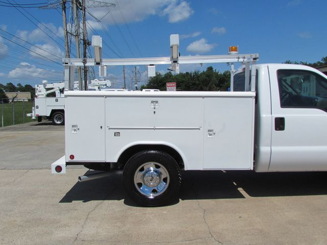 2006 Ford F250 Utility-Service 4x2 - 16167799 - 13