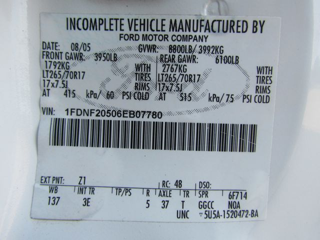 2006 Ford F250 Utility-Service 4x2 - 16167799 - 30