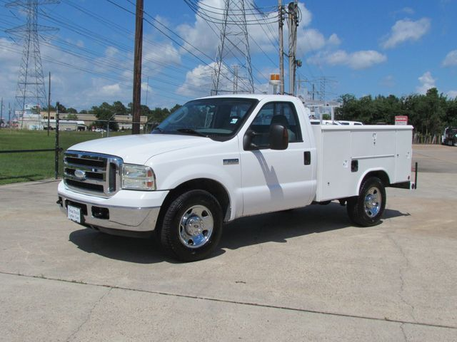 2006 Ford F250 Utility-Service 4x2 - 16167799 - 3