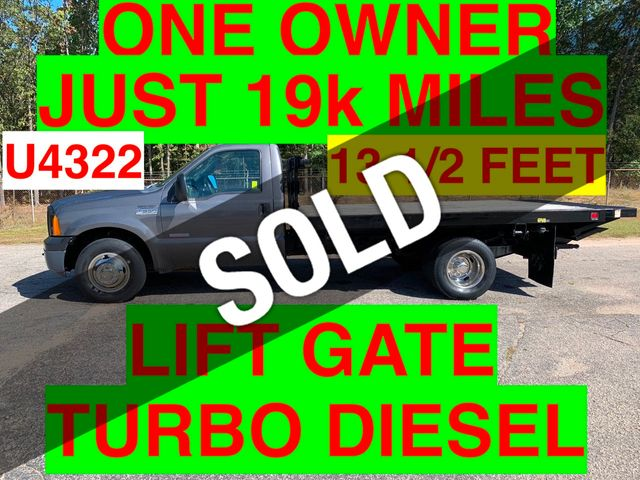 2006 Ford F350HD JUST 19k MILES 12 FOOT FLAT BED LIFT GATE ONE OWNER!! PRE EMISSION DIESEL
