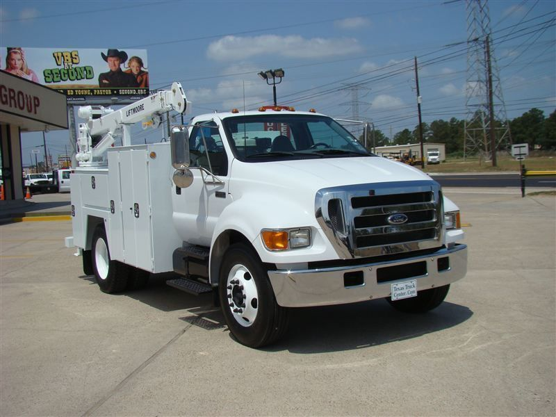 2006 Ford F650 Fuel - Lube Truck - 6915308 - 1