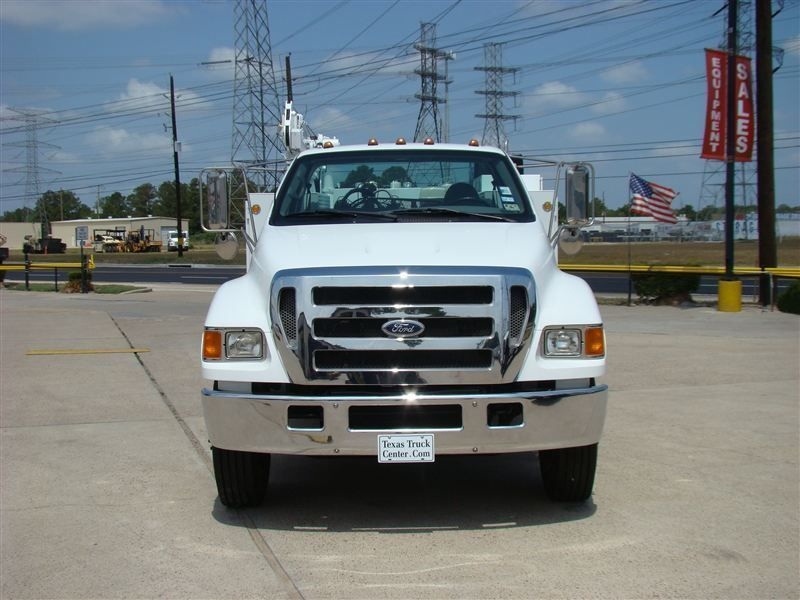 2006 Ford F650 Fuel - Lube Truck - 6915308 - 2