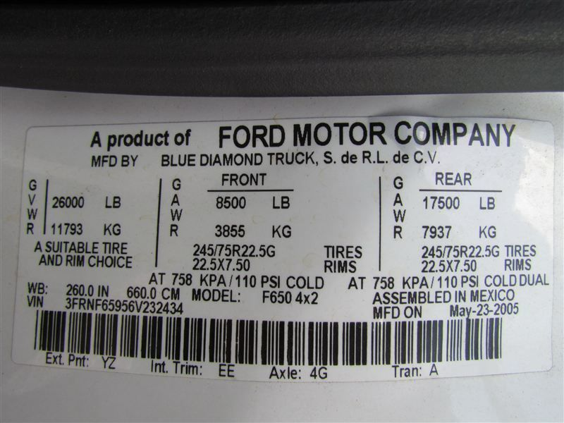 2006 Ford F650 Fuel - Lube Truck - 8394809 - 28