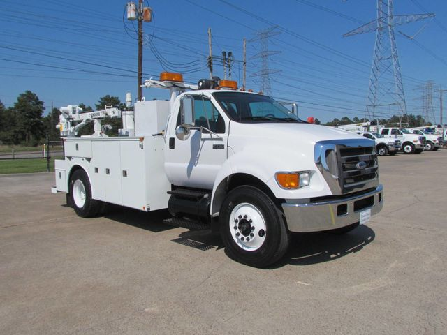 2006 Ford F750 Utility-Service - 15423672 - 3
