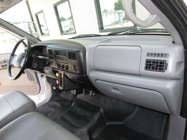2006 Ford F750 Utility-Service - 15680584 - 25