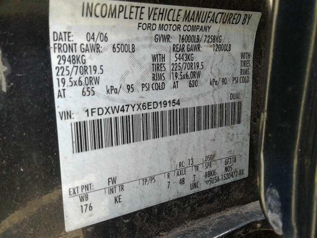 2006 Ford F-450 CREW CAB FOUR WHEEL DRIVE LANDSCAPE DUMP TRUCK - 17724860 - 20