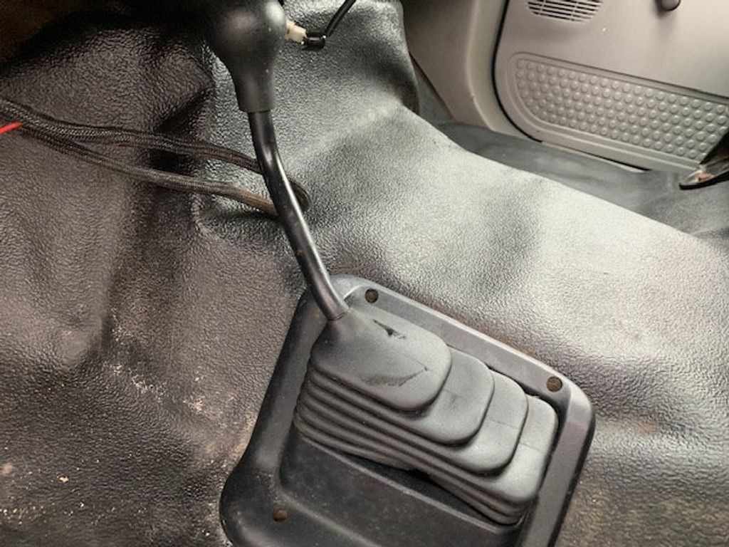 2006 Ford F-450 CREW CAB FOUR WHEEL DRIVE LANDSCAPE DUMP TRUCK - 17724860 - 37