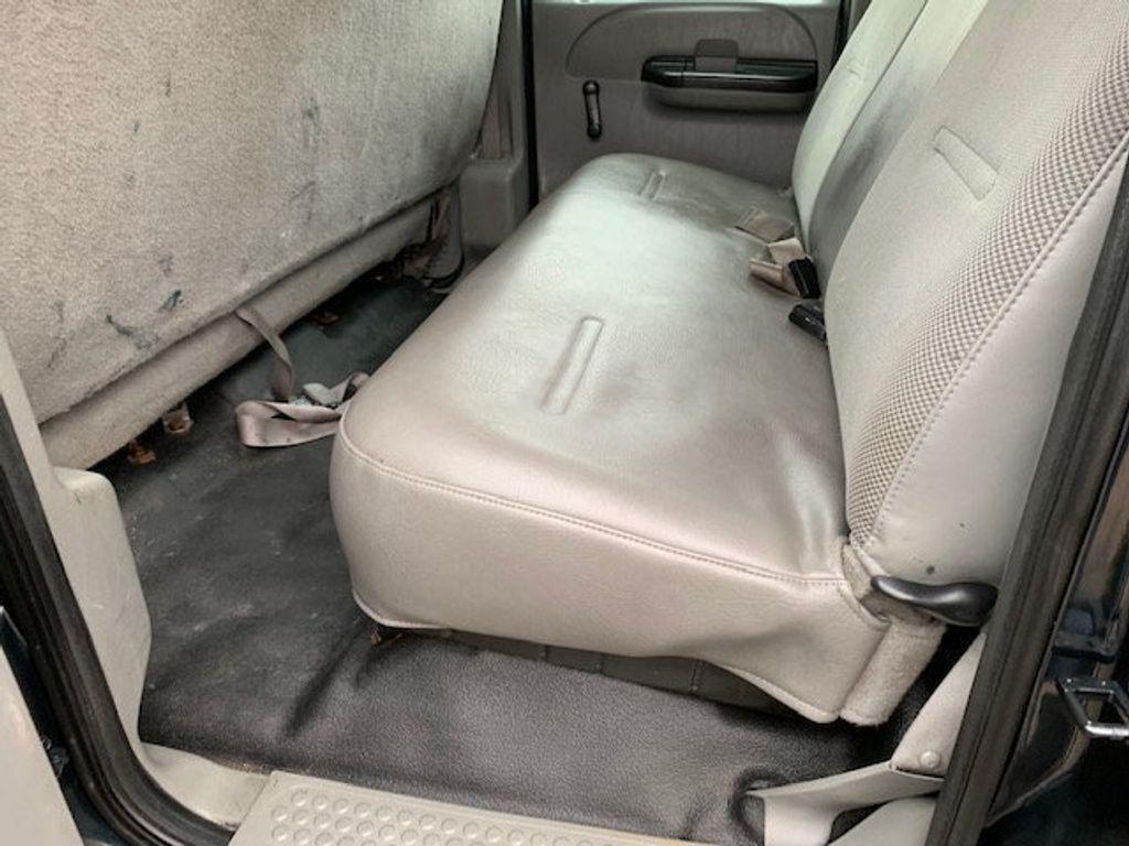2006 Ford F-450 CREW CAB FOUR WHEEL DRIVE LANDSCAPE DUMP TRUCK - 17724860 - 45