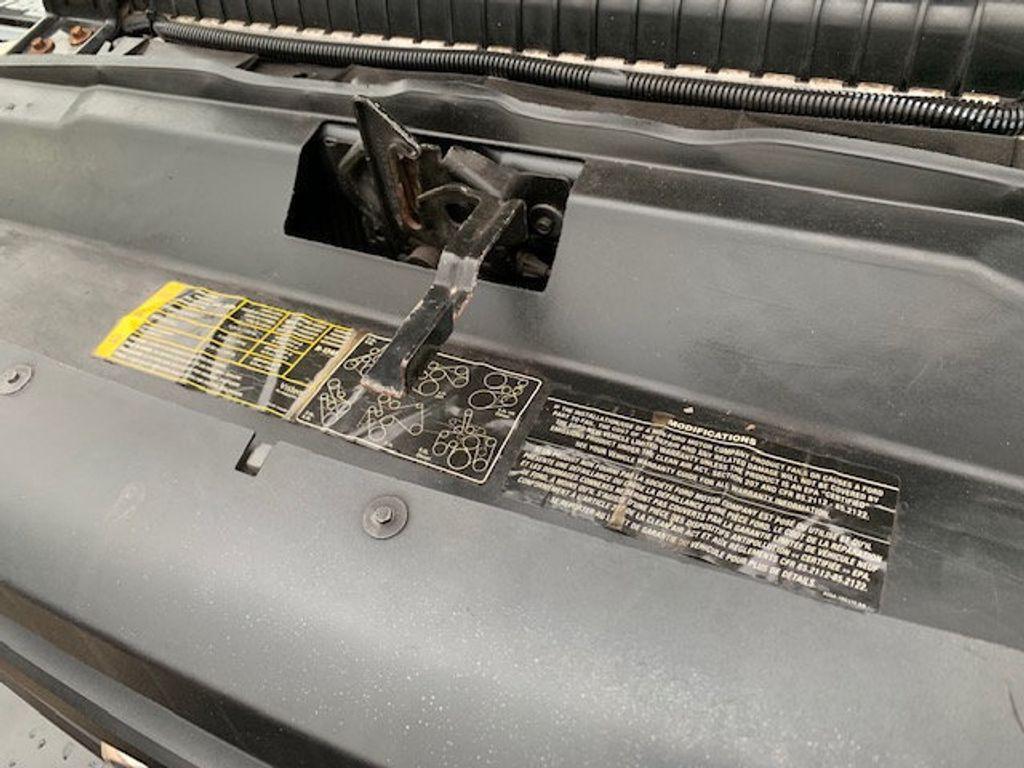 2006 Ford F-450 CREW CAB FOUR WHEEL DRIVE LANDSCAPE DUMP TRUCK - 17724860 - 59