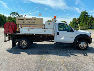 2006 Ford Super Duty F550 10 FOOT FLATBED 185 AIR COMPRESSOR
