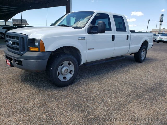 "2006 Ford Super Duty F-250 Crew Cab 172"" XL"