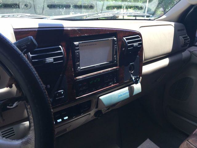 """2006 Ford Super Duty F-350 SRW Crew Cab 156"""" King Ranch 4WD - Click to see full-size photo viewer"""