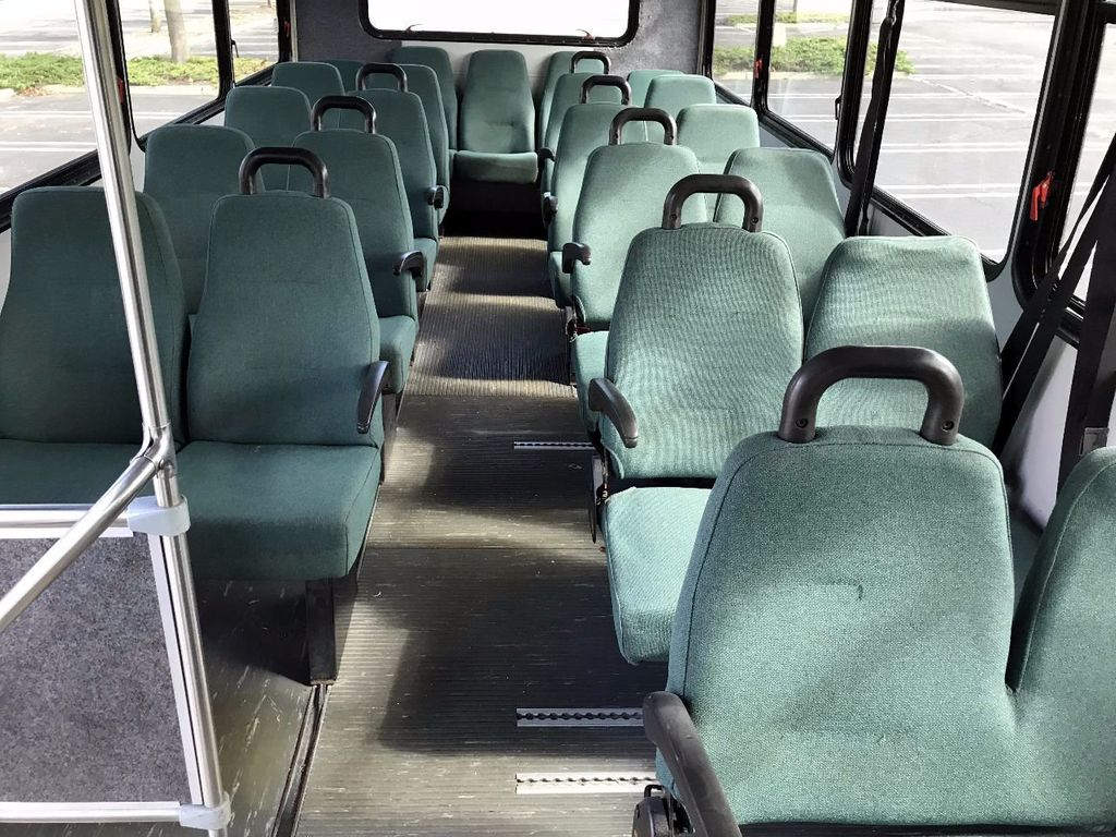 2006 GMC C5500 24 Seat Shuttle Bus For Senior Tours Charters Casino Church Hotel Transport - 16860399 - 7
