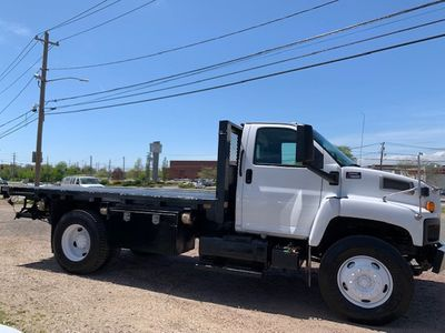 2006 GMC C7500 14 Foot Stake Bed 14 Foot Flatbed & Liftgate