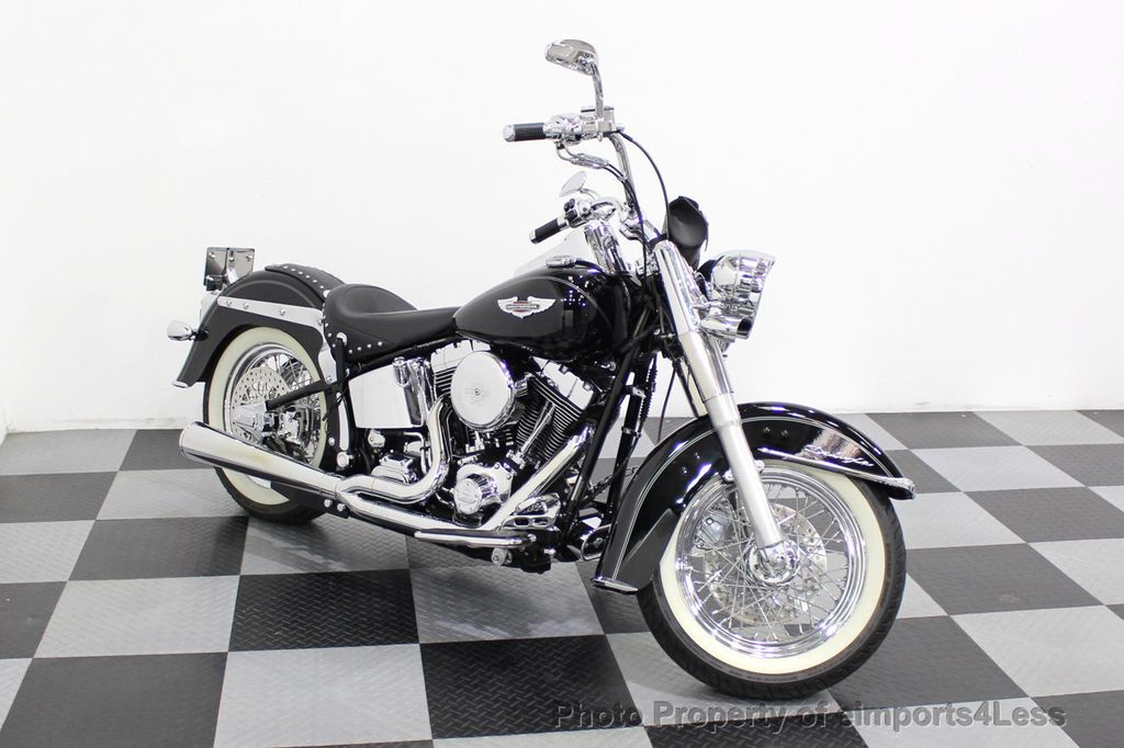 2006 Harley-Davidson FLSTN Softail Deluxe Vance and Hines Exhaust Mustang seat Floorboards - 18286914 - 12