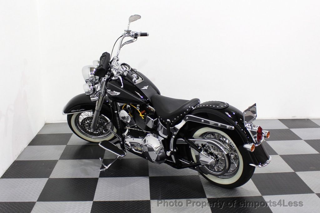 2006 Harley-Davidson FLSTN Softail Deluxe Vance and Hines Exhaust Mustang seat Floorboards - 18286914 - 13