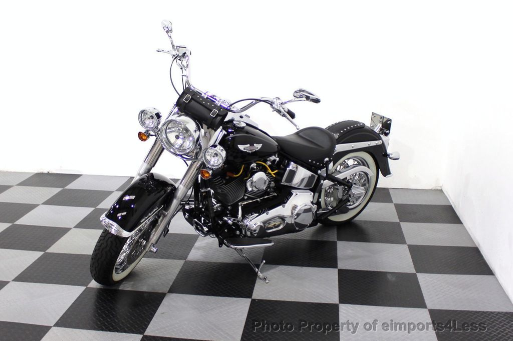 2006 Harley-Davidson FLSTN Softail Deluxe Vance and Hines Exhaust Mustang seat Floorboards - 18286914 - 22