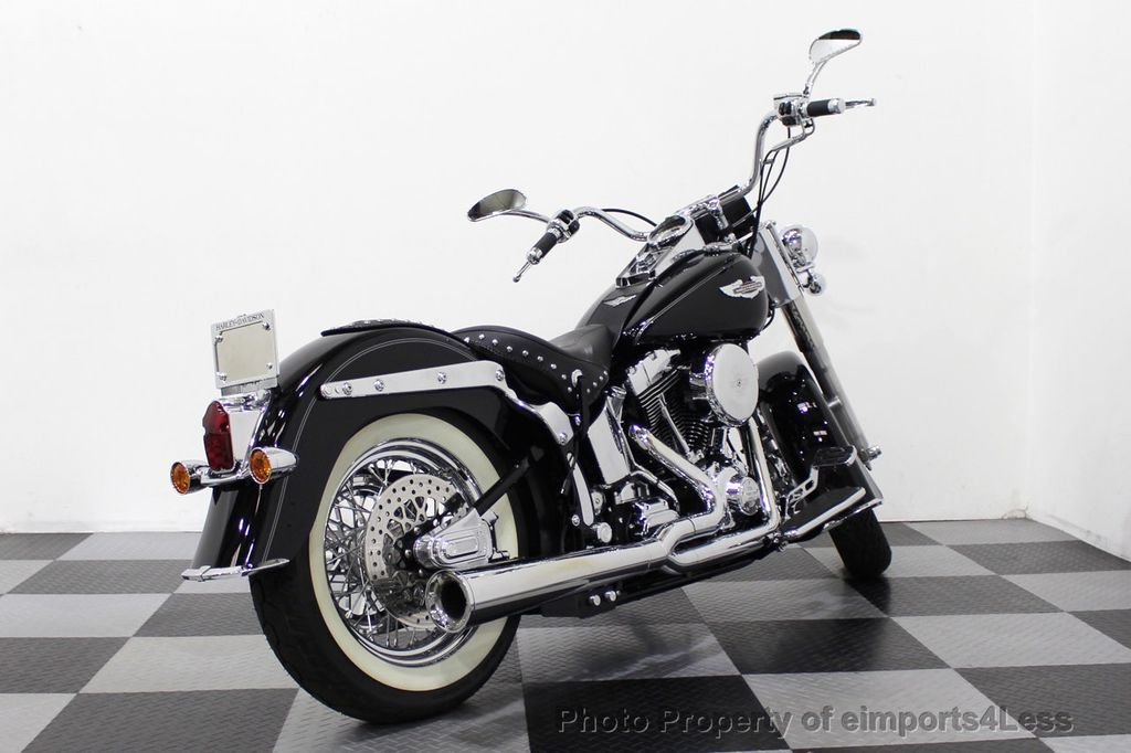2006 Harley-Davidson FLSTN Softail Deluxe Vance and Hines Exhaust Mustang seat Floorboards - 18286914 - 26
