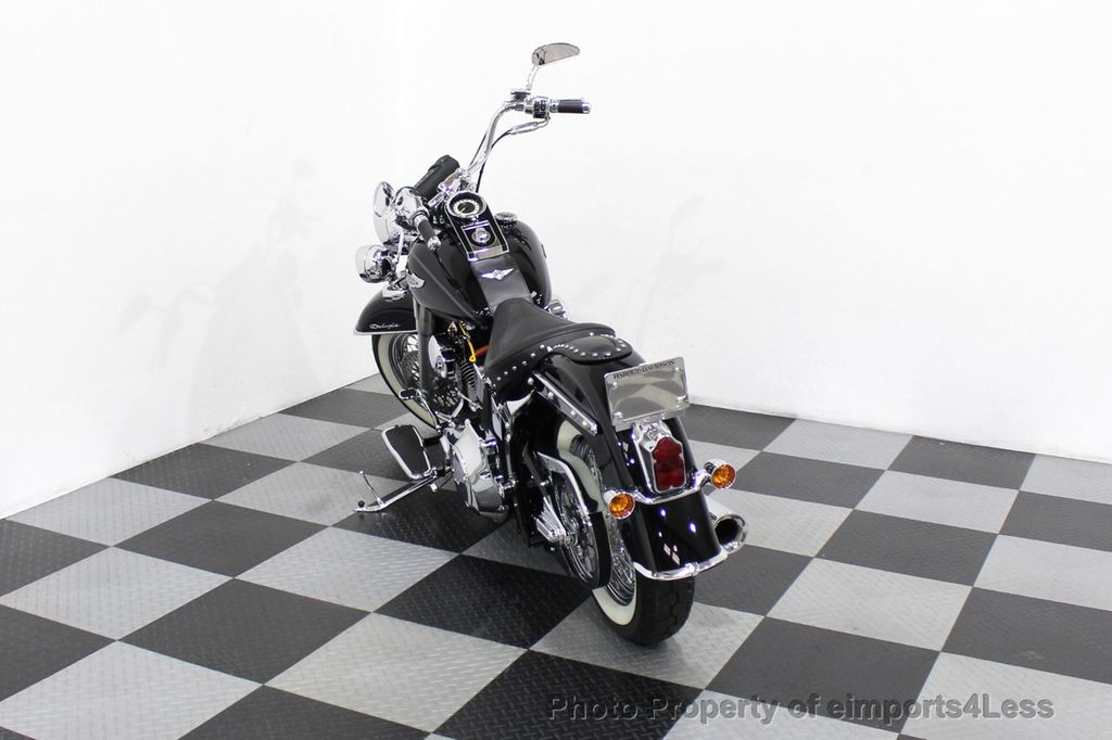 2006 Harley-Davidson FLSTN Softail Deluxe Vance and Hines Exhaust Mustang seat Floorboards - 18286914 - 35
