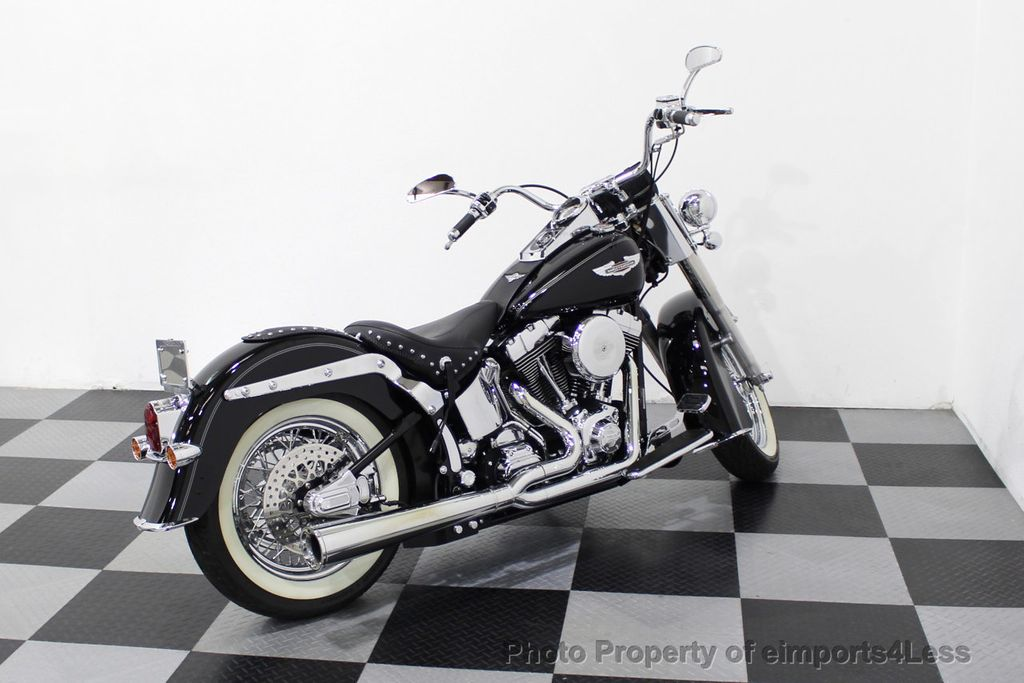 2006 Harley-Davidson FLSTN Softail Deluxe Vance and Hines Exhaust Mustang seat Floorboards - 18286914 - 36