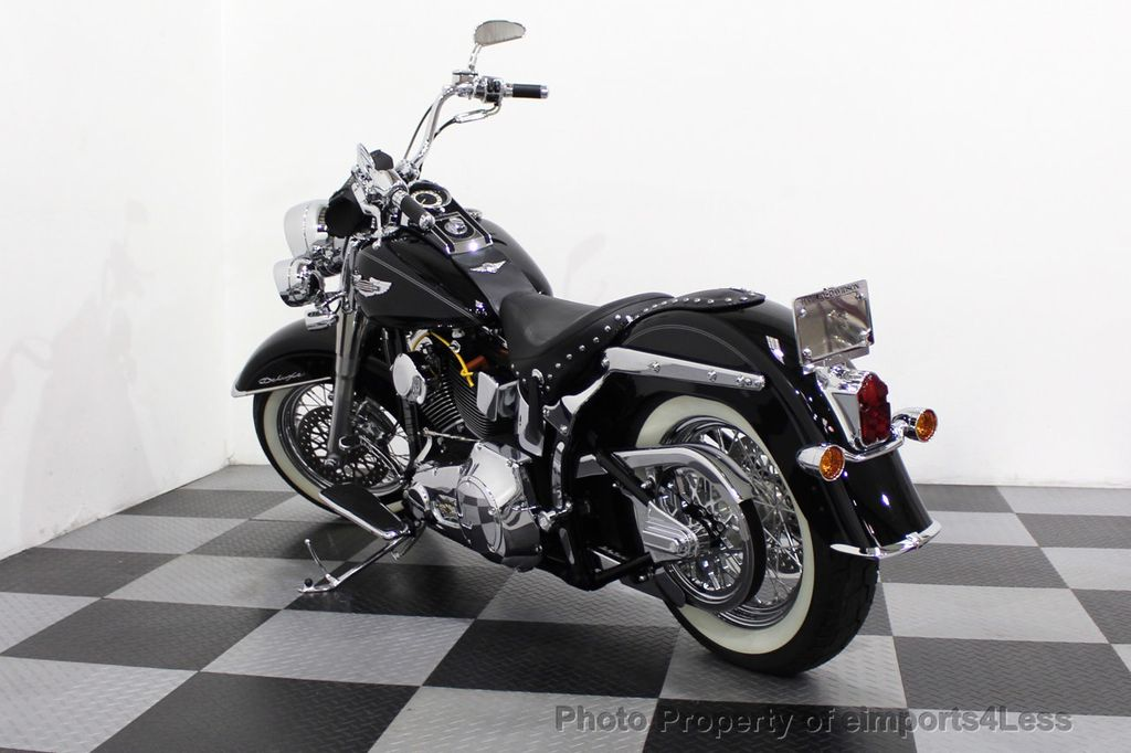 2006 Harley-Davidson FLSTN Softail Deluxe Vance and Hines Exhaust Mustang seat Floorboards - 18286914 - 42