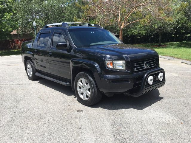 2006 Honda Ridgeline RTL Automatic With MOONROOF   Click To See Full Size  Photo Viewer