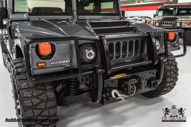 2006 HUMMER H1 Fully Custom, Rare Generation 2 All Black Interior - Click to see full-size photo viewer