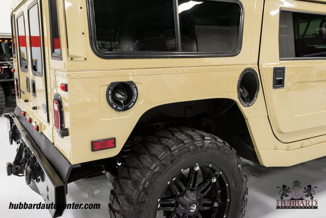2006 HUMMER H1 Rare 1 of 10 Produced This Color, Fully Loaded Custom H1 - Click to see full-size photo viewer