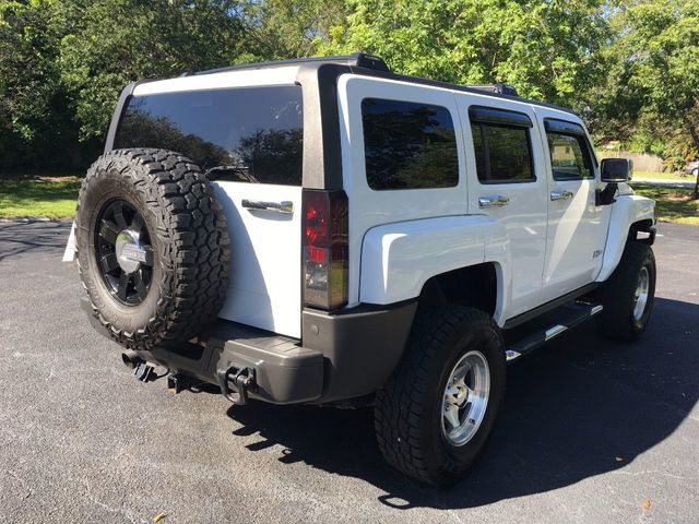 2006 HUMMER H3 4dr 4WD SUV - Click to see full-size photo viewer