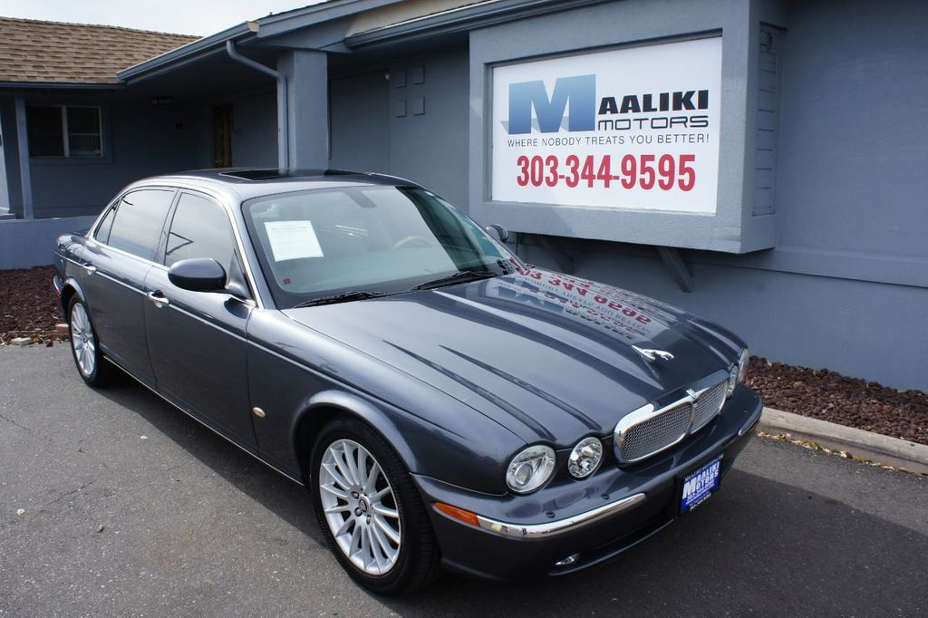 2006 Jaguar XJ 4dr Sedan XJ8 LWB - 18221749 - 0