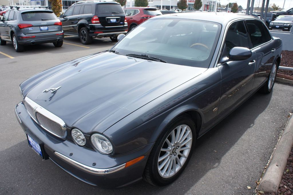 2006 Jaguar XJ 4dr Sedan XJ8 LWB - 18221749 - 1